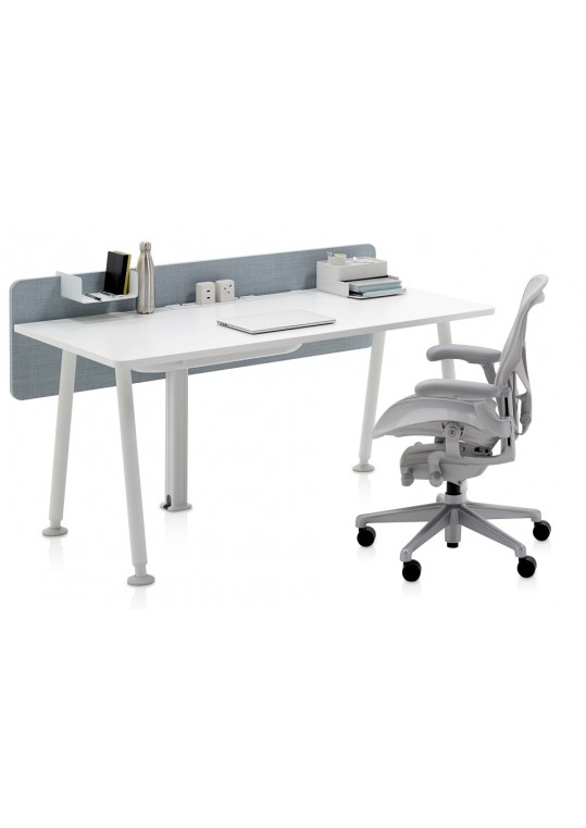 Herman Miller Memo Desk with Fabric Screen